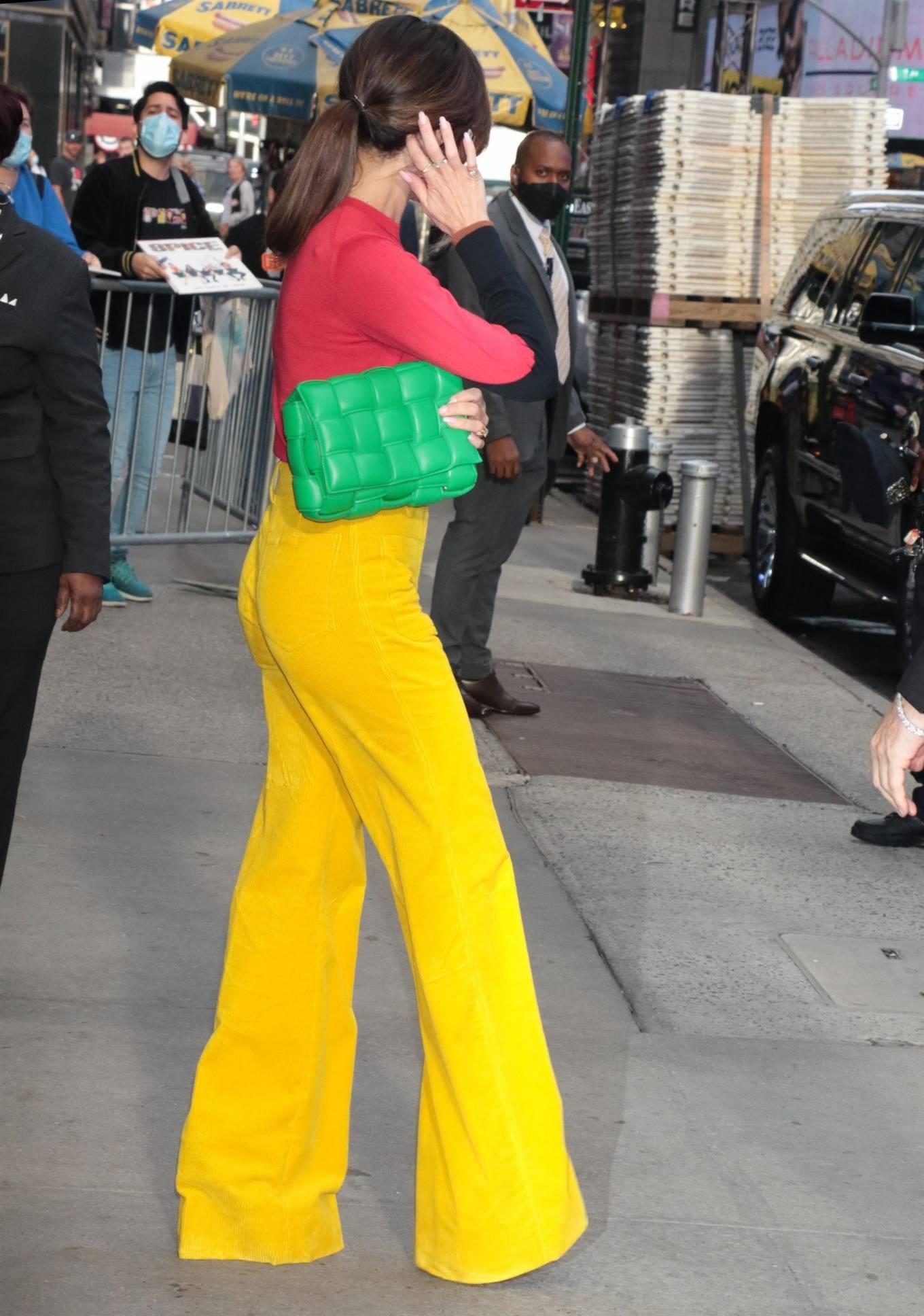 Victoria Beckham 2021 : Victoria Beckham – on Good Morning America promoting her new designer clothing in New York City-27