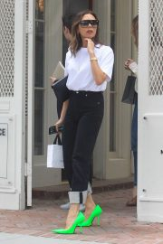 Victoria Beckham - Out in Hollywood