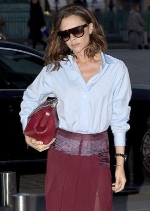 Victoria Beckham returns to her hotel in Paris