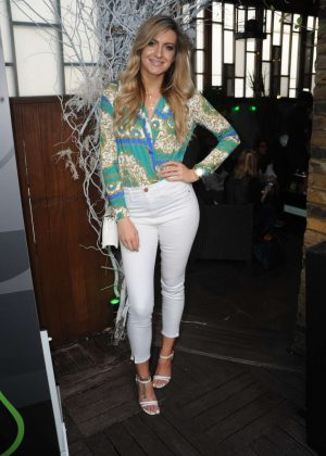 Victoria Brown - Gillette's Summer Drinks in London
