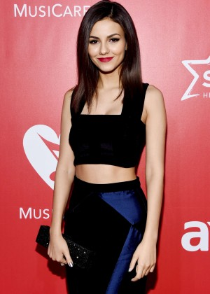Victoria Justice - 2015 MusiCares Person Of The Year Gala Honoring Bob Dylan in LA