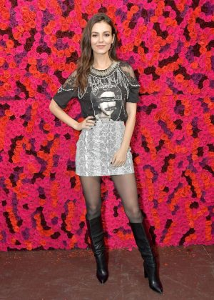 Victoria Justice - Alice + Olivia Fashion Show in New York