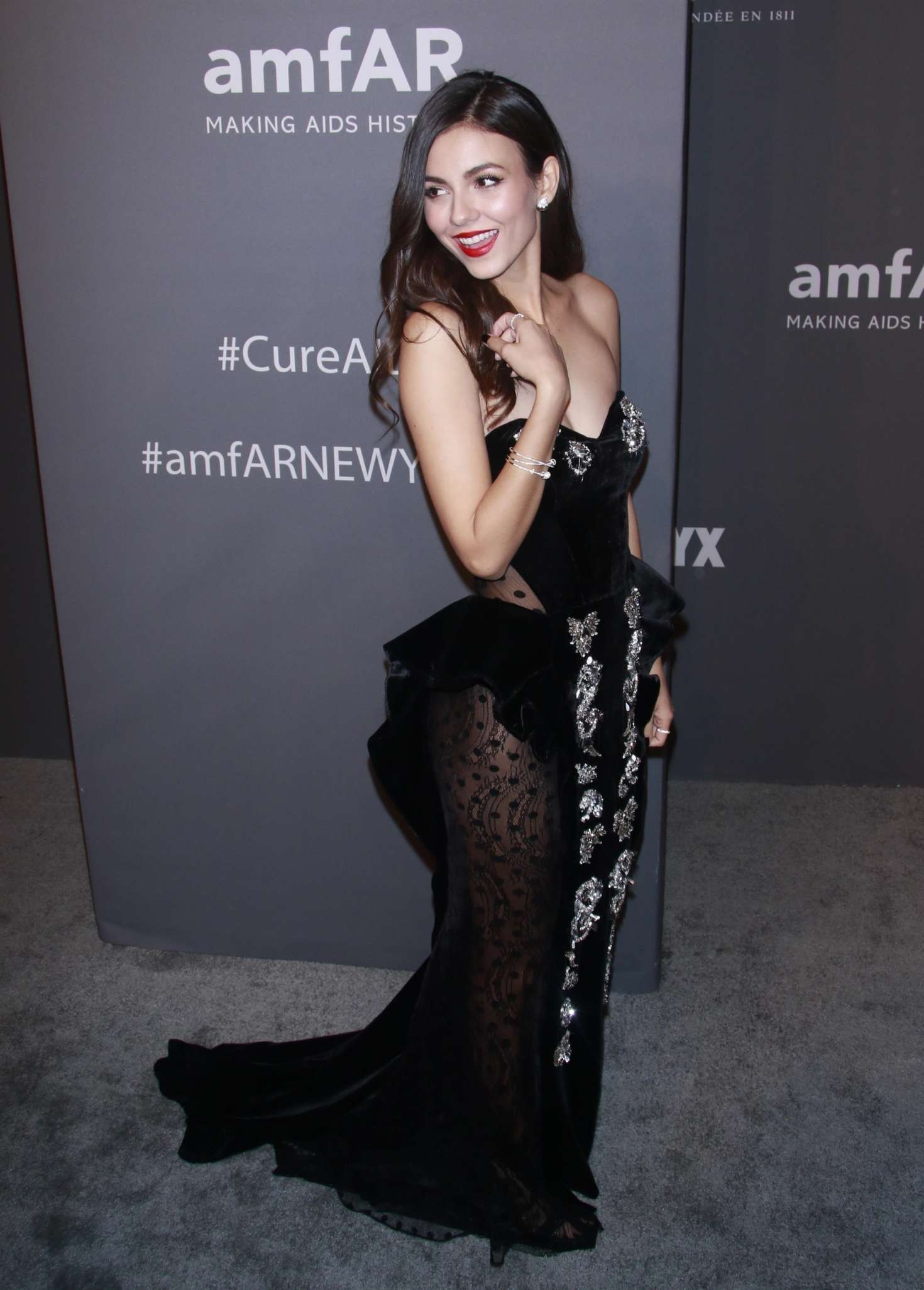 Watch Victoria justice at 2019 amfar new york gala in new york city video
