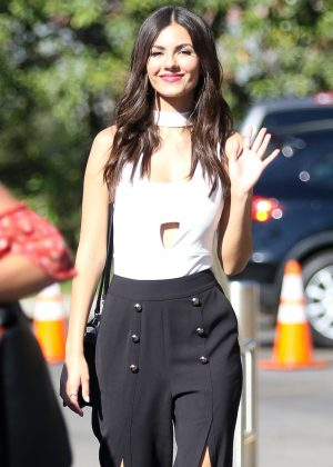 Victoria Justice - Arrives at EXTRA in Studio City