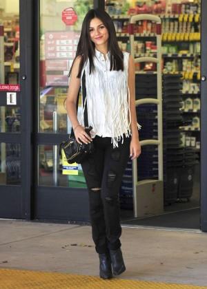 Victoria Justice - Biore Photoshoot in Los Angeles