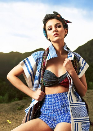 Victoria Justice - Cosmo for Latinas Magazine (May 2015) adds