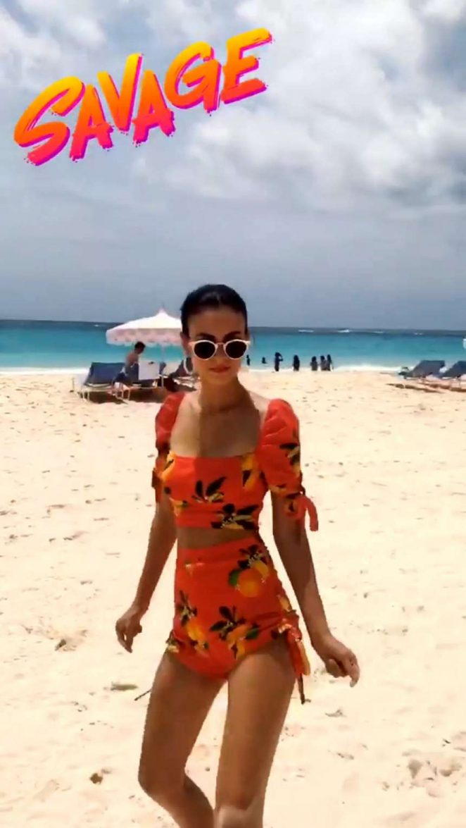 Victoria Justice - Dancing on the beach