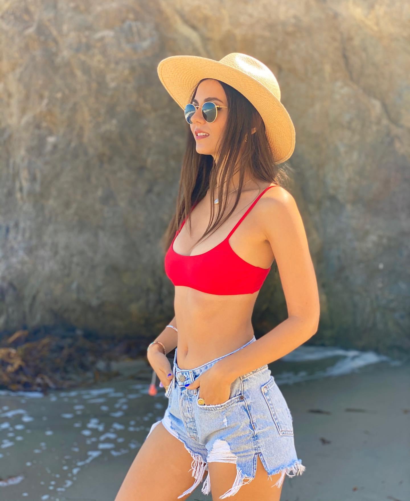 Victoria Justice - In a bikini with friends