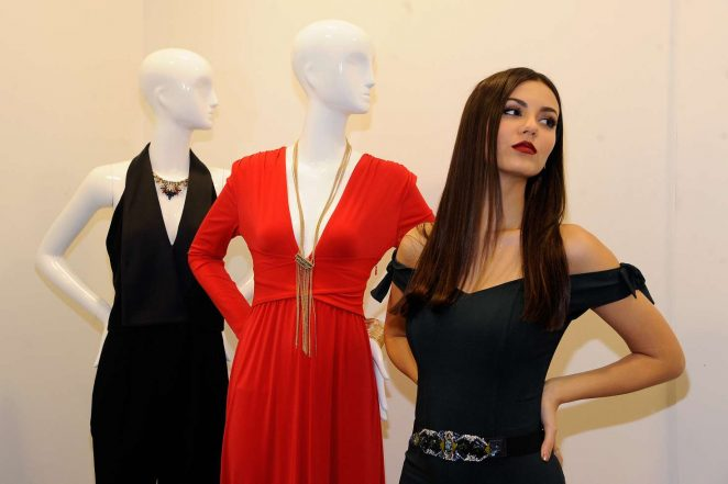Victoria Justice: Lord & Taylor Stamford Grand Re-Opening -08