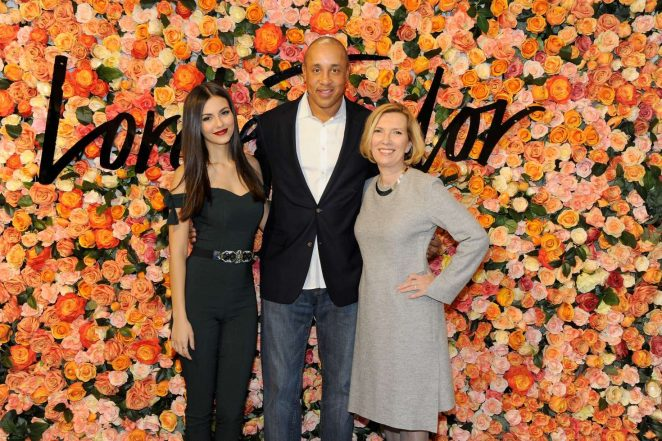 Victoria Justice: Lord & Taylor Stamford Grand Re-Opening -10