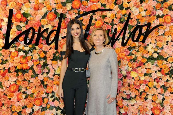 Victoria Justice: Lord & Taylor Stamford Grand Re-Opening -11