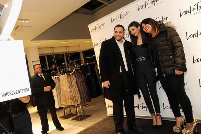 Victoria Justice: Lord & Taylor Stamford Grand Re-Opening -12