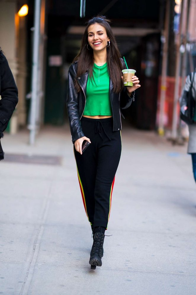 Victoria Justice - Out at Gramercy Park in NYC