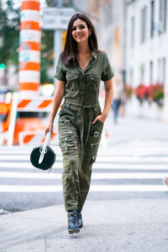 Victoria Justice - Out in Manhattan, New York City