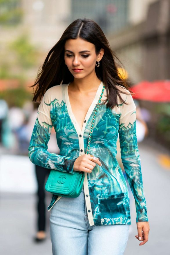 Victoria Justice out in Midtown New York