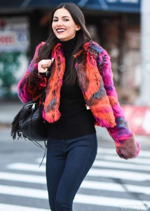 Victoria Justice - Out in NYC