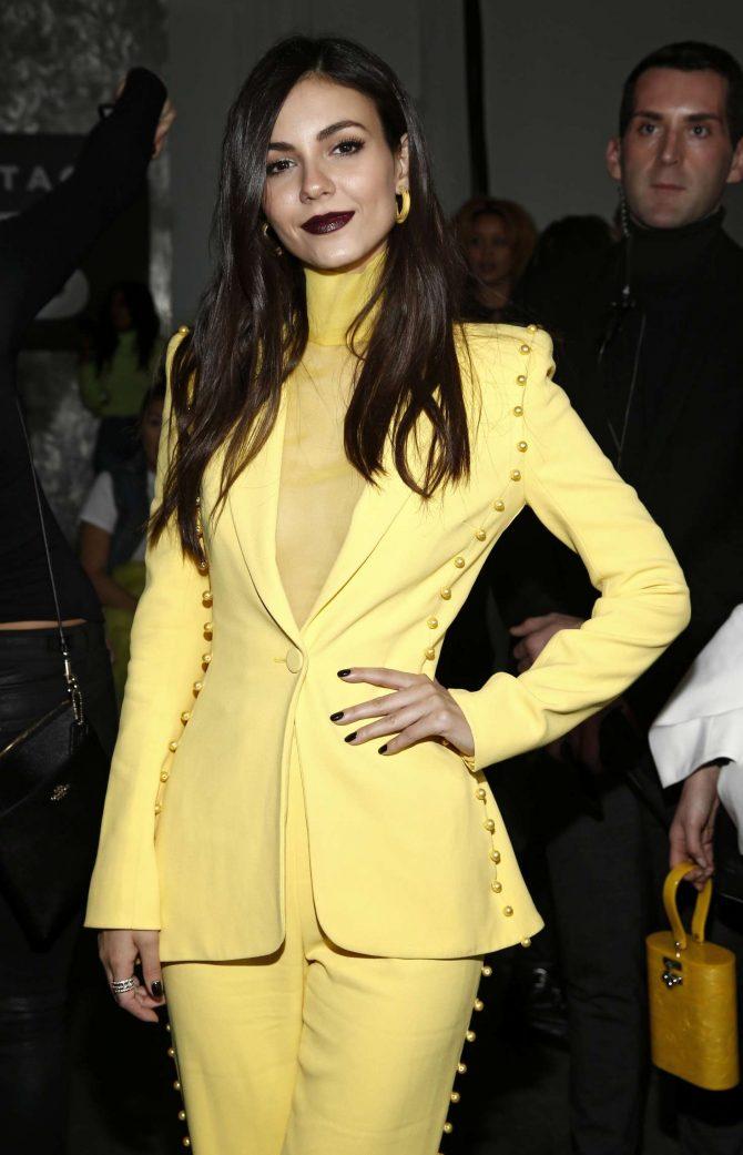Victoria Justice - Pamella Roland Fashion Show in New York