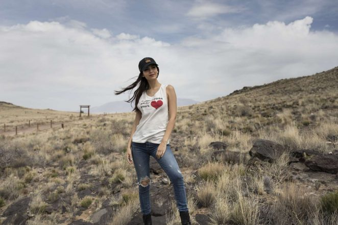 Victoria Justice - Petroglyph National Monument in Albuquerque