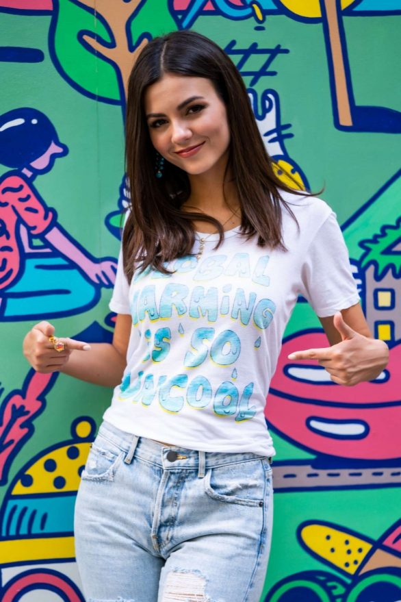 Victoria Justice - 'Pledge for Planet' Photocall in NYC