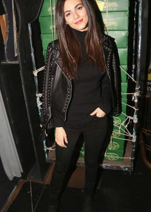 Victoria Justice - Poses backstage at the hit musical 'Kinky Boots' on Broadway