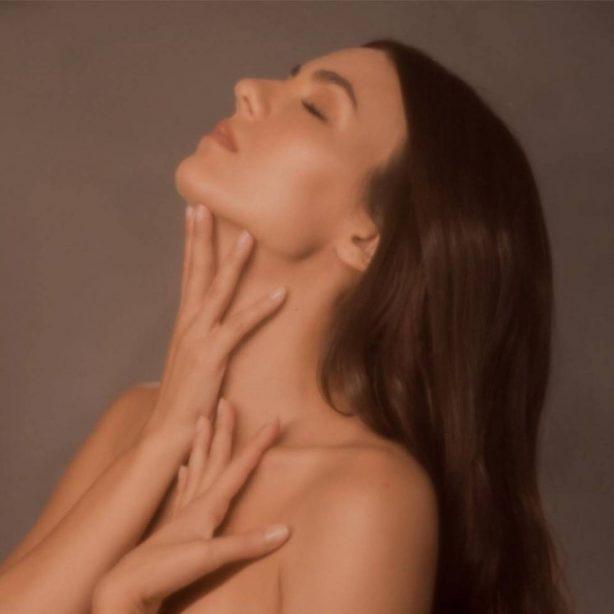 Victoria Justice - Treat Myself Single Promos 2020