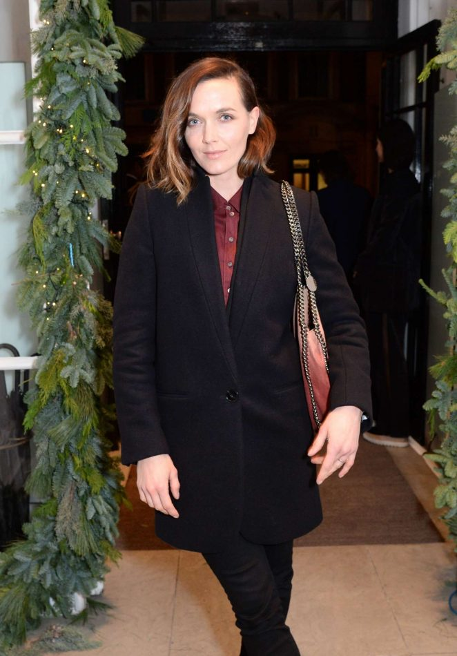 Victoria Pendleton - Stella McCartney Store Christmas Lights Switching on Ceremony in London