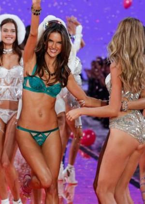 Victoria's Secret Final Fashion Show 2015 in NY