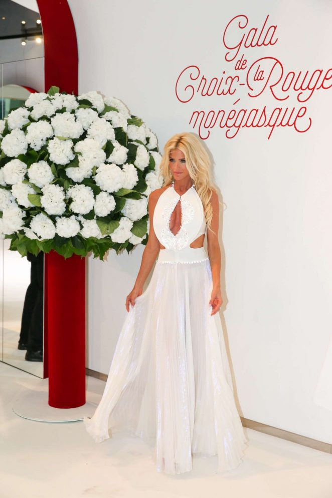 Victoria Silvstedt - 69th annual Red Cross Ball in Monte Carlo