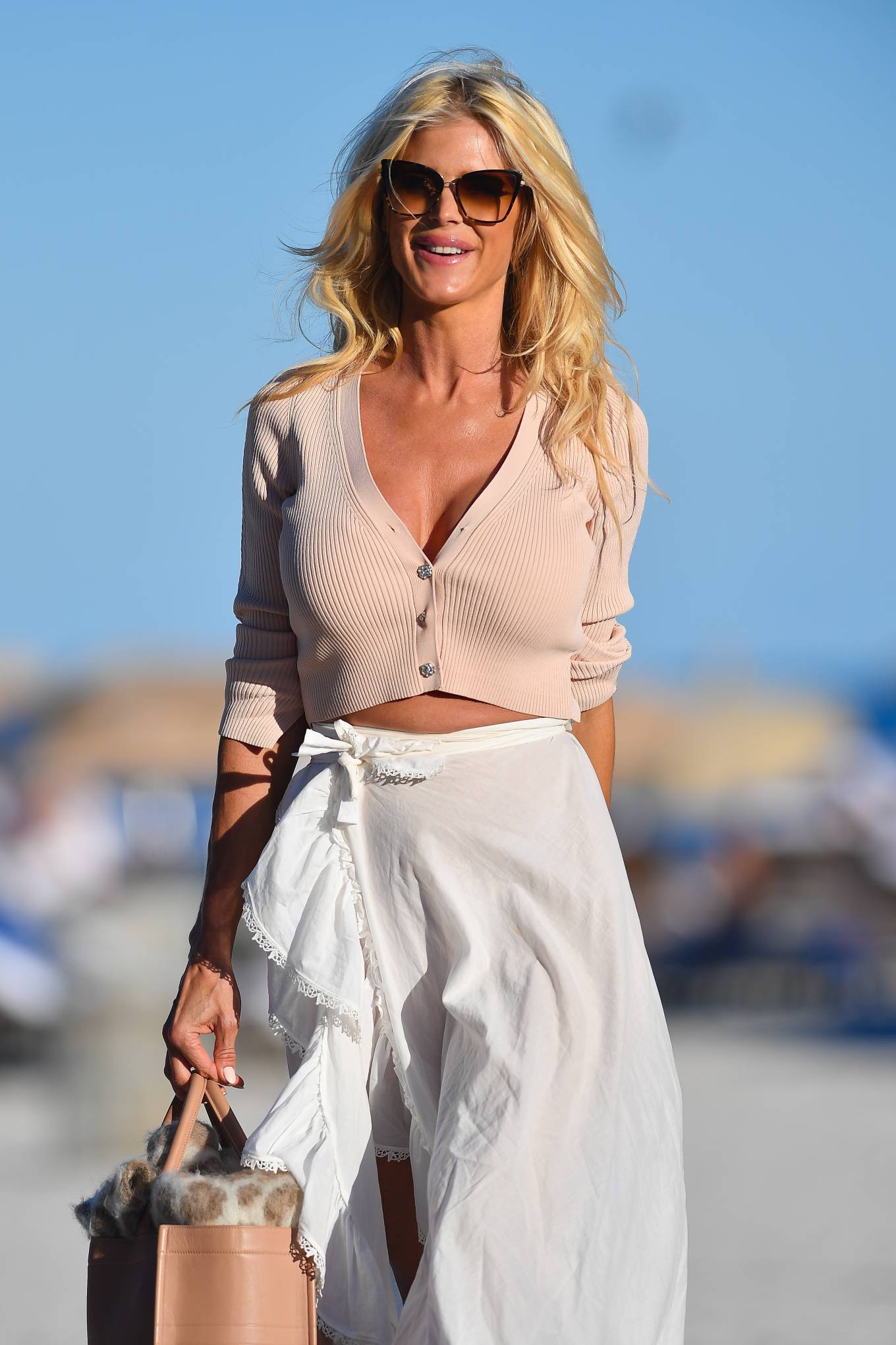 Victoria Silvstedt - Hits the beach in Miami