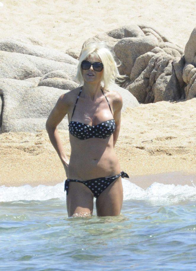 Victoria Silvstedt in Bikini 2016 -37