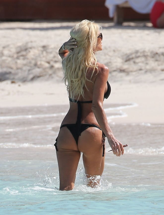 Victoria Silvstedt in Black Bikini in St. Barts