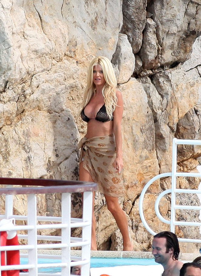 Victoria Silvstedt in Black Bikini in Antibes