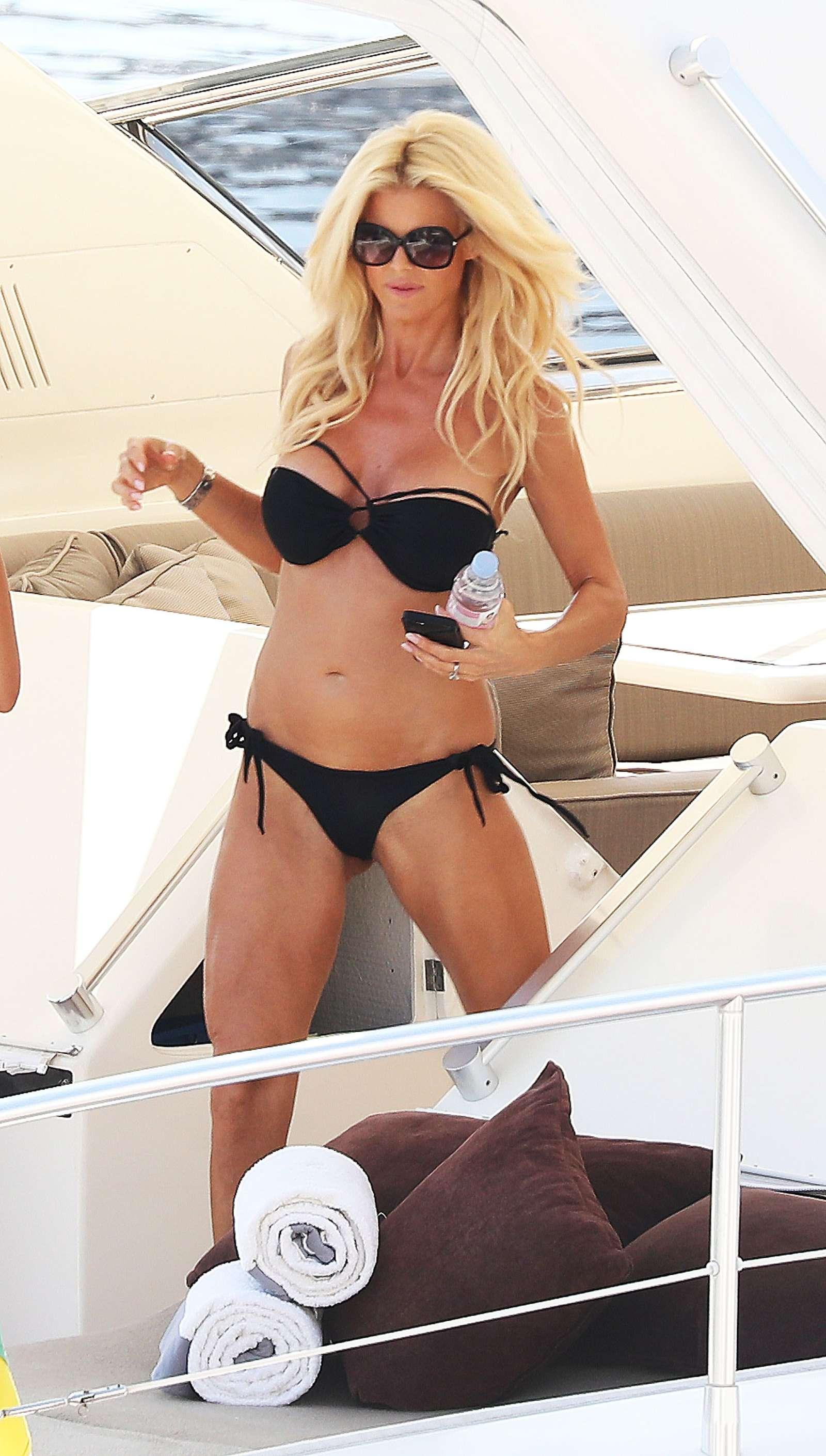 Flea Market Miami >> Victoria Silvstedt in Black Bikini on a yacht in Monaco ...