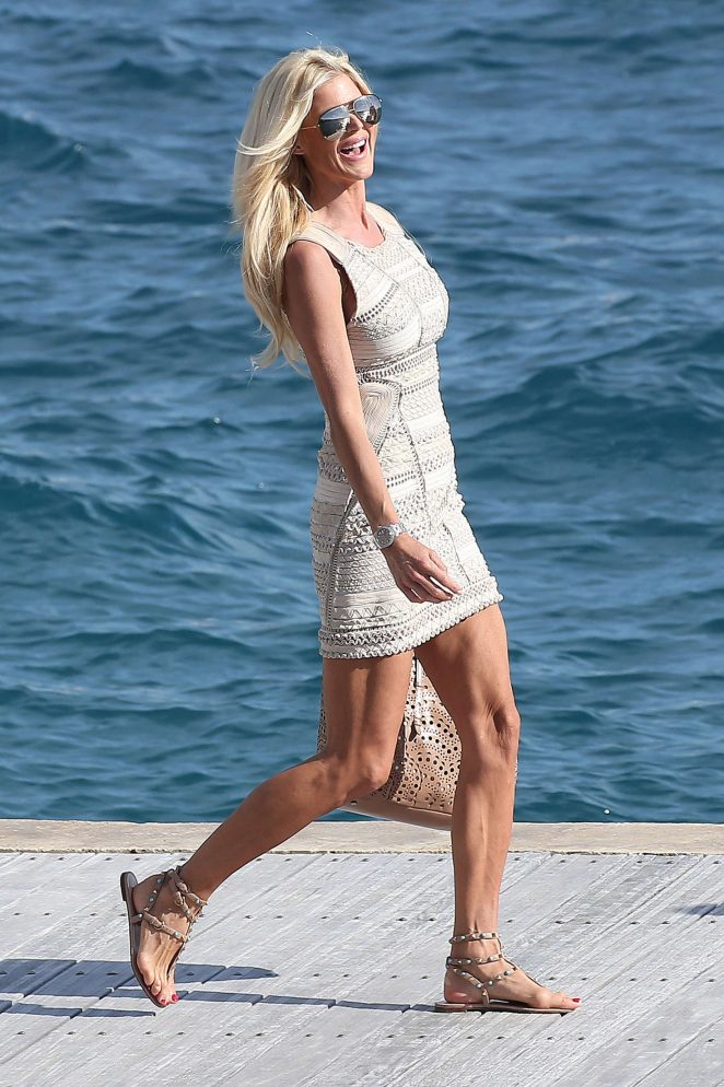 Victoria Silvstedt Leaving Eden Roc Hotel in Cannes