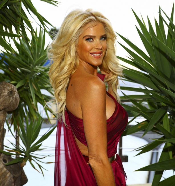 Victoria Silvstedt - Posing At CC Forum Monaco Investment