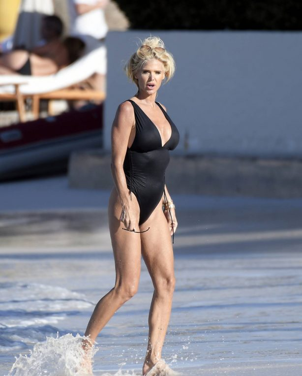Victoria Silvstedt - Seen while enjoying the sun in St. Barts