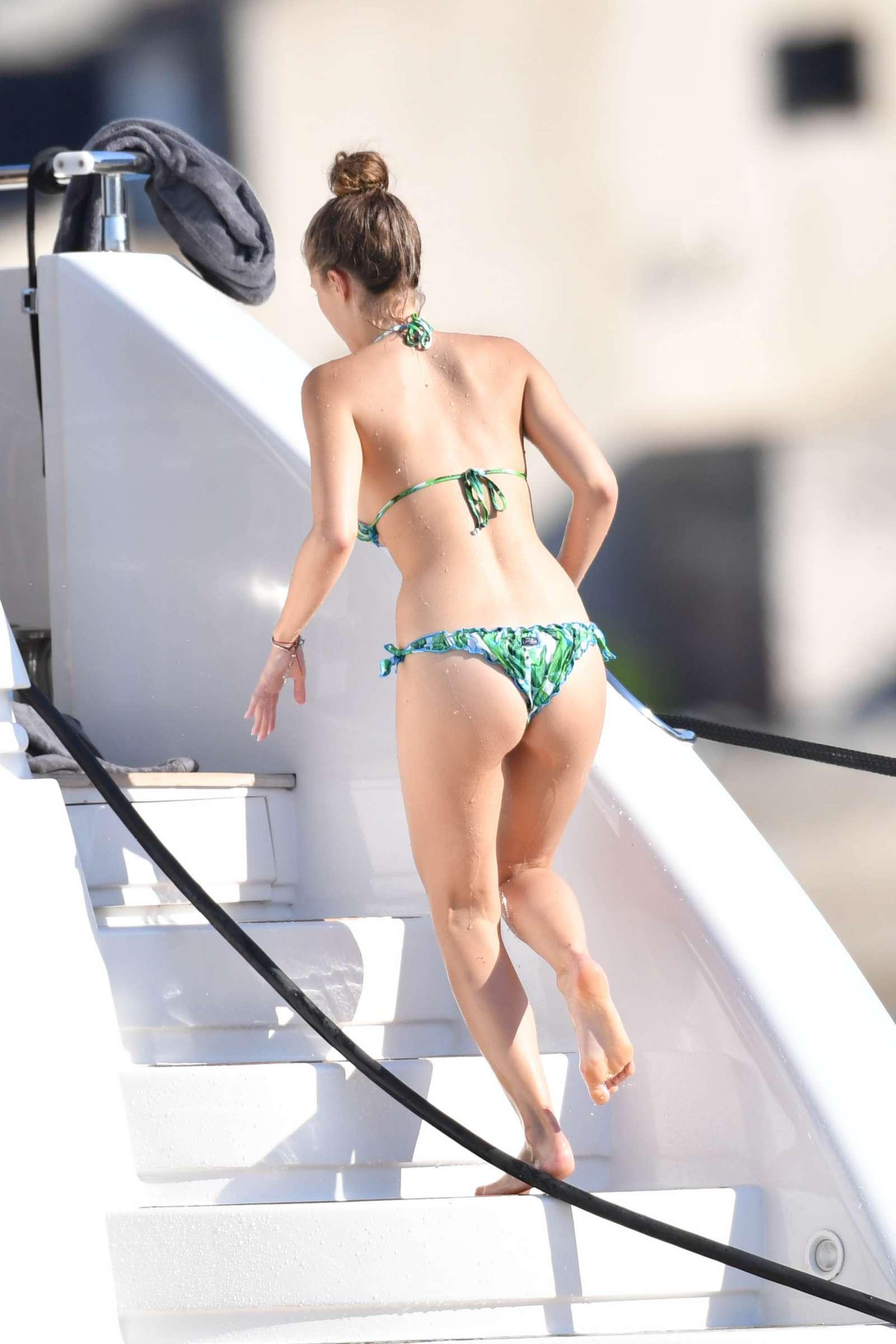 Victoria Swarovski 2017 : Victoria Swarovski in Bikini 2017 -18