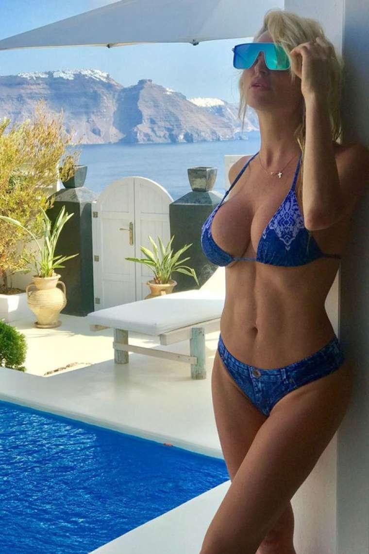 Paparazzi Victoria Xipolitakis nude photos 2019