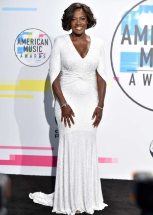 Viola Davis - 2017 American Music Awards in Los Angeles