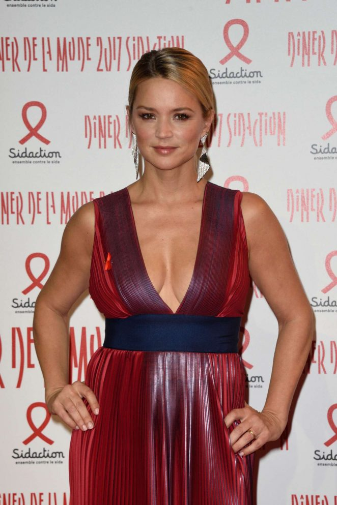 Virginie Efira - Sidaction Gala Dinner SS 2017 in Paris
