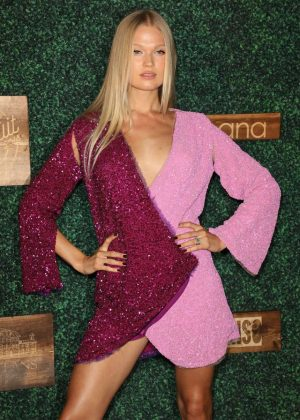 Vita Sidorkina - 2018 Sports Illustrated Swimsuit Swim Week Party in Miami