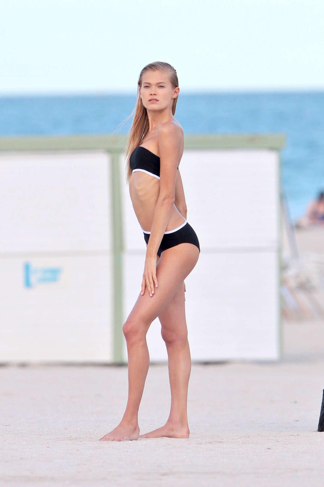 Vita Sidorkina 2015 : Vita Sidorkina in Black Bikini -09