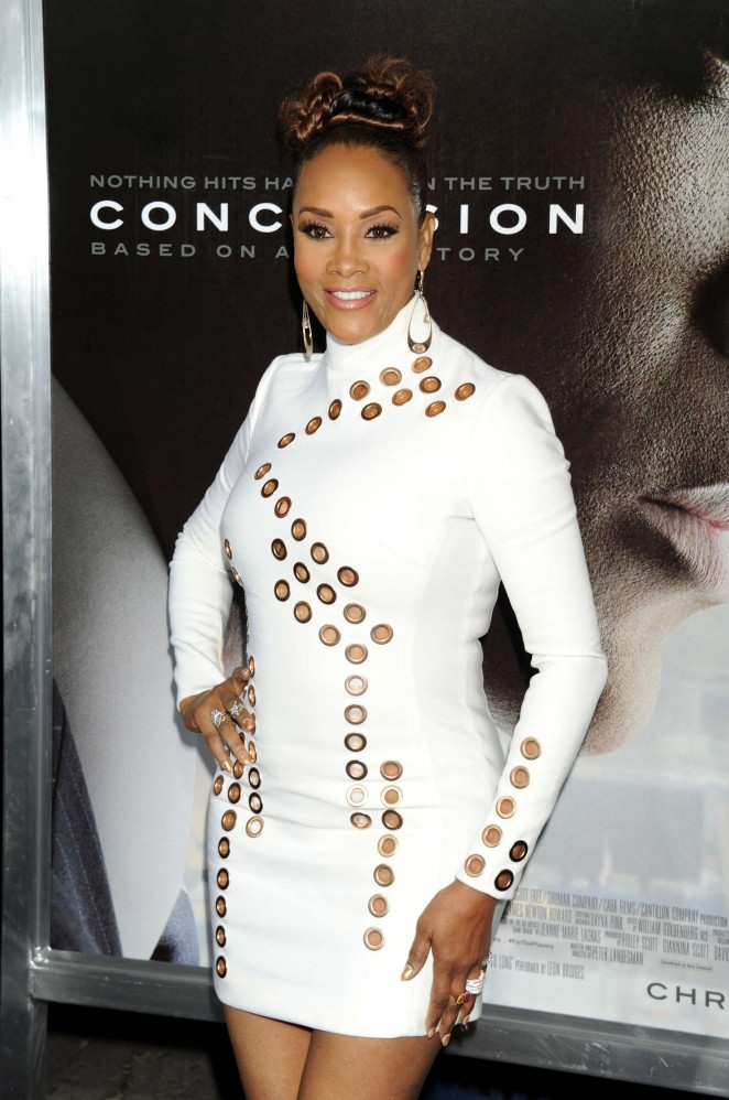 Vivica A Fox – 'Concussion' Premiere in Westwood