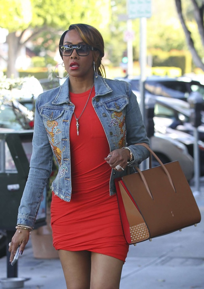 Vivica A Fox in Red Mini Dress Shopping in Los Angeles
