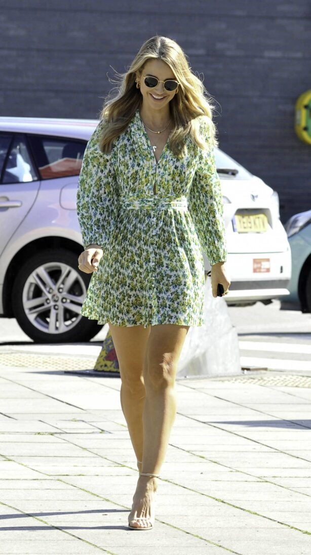 Vogue Williams - arrives at Steph's Packed Lunch in Leeds