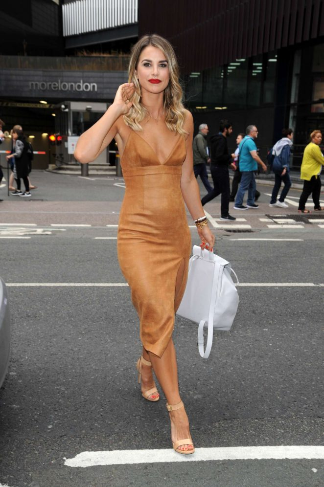 Vogue Williams at The Walkers Crisps Sarnie Club Launch -02