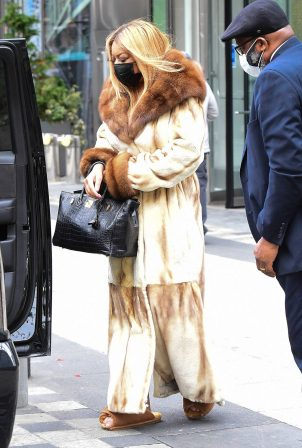 Wendy Williams - Seen wearing a fur coat and slippers in New York