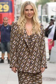 Willa Ford - Outside 'Build Series' in New York