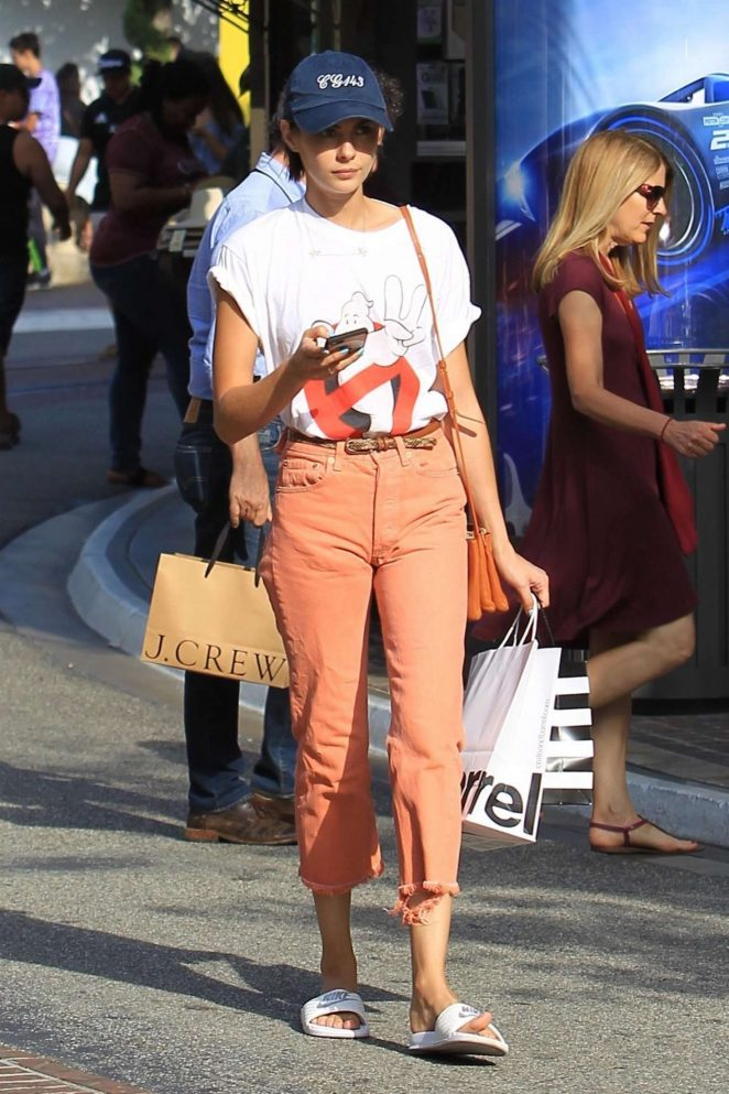 Willa Holland Shopping at The Grove -06