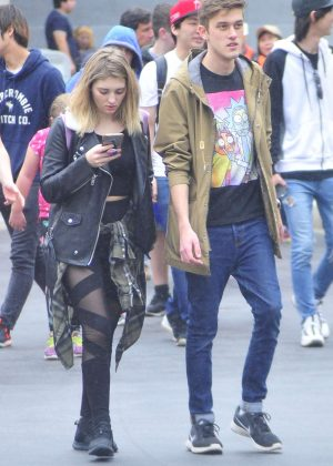 Willow Shields at Universal Studio with a friend in Los Angeles